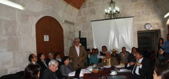 Pleno del Consejo Regional de Arequipa Aprueban Presupuesto Institucional de Apertura 2014